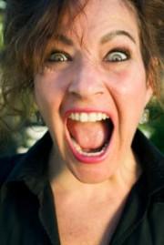 Esposa infiel grita: Soy casada y me estan cogiendo