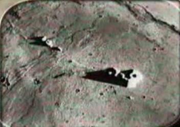 """La otra cara de la Luna - Estructuras en la Luna """"Censurado en los 70`S"""" Ruinas-en-la-luna-alan-davis-3"""