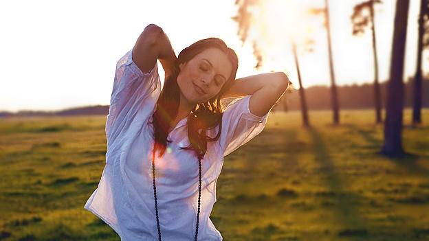 happy-woman-single