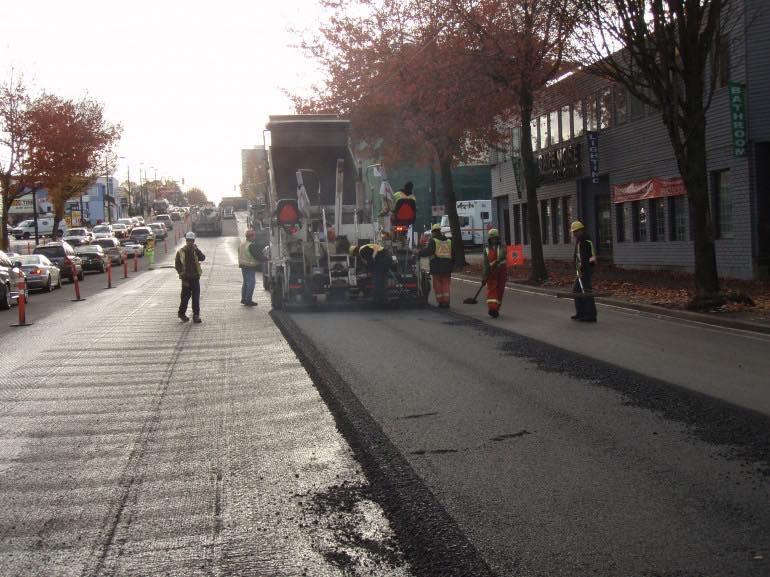 Pavimenta-sus-calles-con-plástico-reciclado1